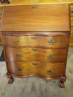 Dresk dresser for Sale in Chicago, IL