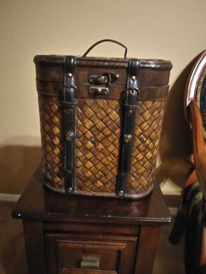 Small luggage decor for Sale in Goodyear, AZ