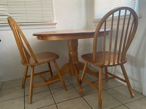 Wooden Kitchen Table Set for Sale in Los Angeles, CA