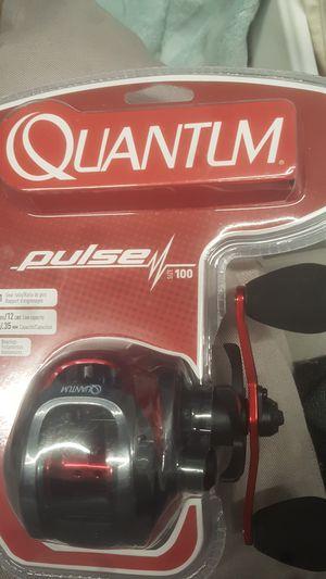 Quantum pulse 100 fishing reel for Sale in Anaheim, CA
