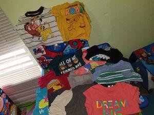 Ropita 12 meses de niño for Sale in Laredo, TX