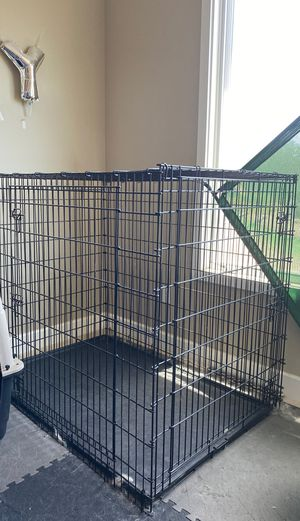 """Midwest 54"""" dog crate for Sale in Daly City, CA"""