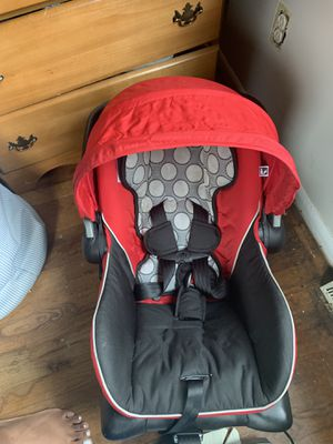 Britax Infant Car Seat for Sale in Greensboro, NC