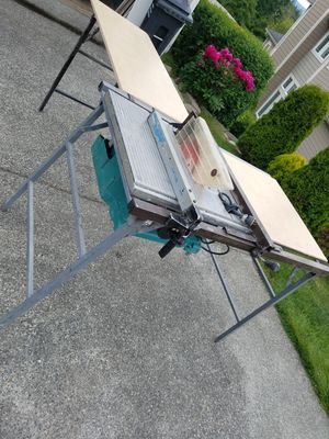 Makita table saw stand and extension for Sale in Marysville, WA