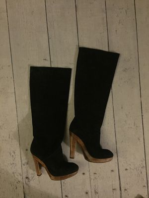 knee high michael kors boots suede. Size 6.5 for Sale in West Los Angeles, CA