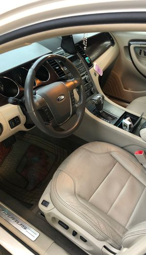 Ford Taurus 2011 for Sale in Dearborn Heights, MI