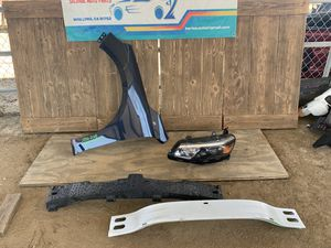 2016-2018 Chevy Malibu Headlight Fender Reinforcement Bar Parts for Sale in Jurupa Valley, CA