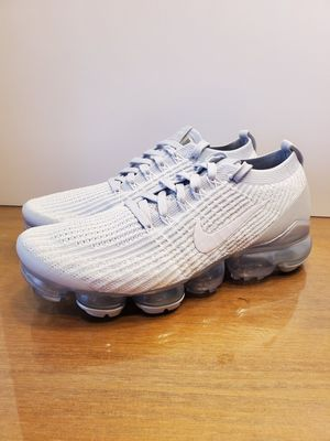 NIKE AIR VAPORMAX FLYKNIT 3 PURE PLATINUM WOMANS...SZ 10...BNIB for Sale in Bakersfield, CA