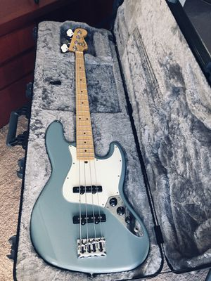 Fender Jazz Bass Professional 2017 for Sale in Los Angeles, CA