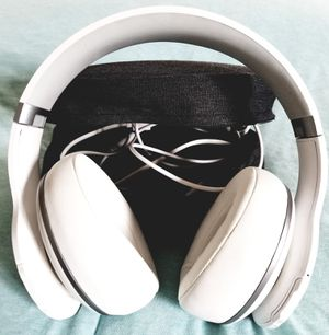 Bluetooth headphones for Sale in Melrose Park, IL