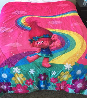 Trolls Twin Bedding Bundle for Sale in Shippensburg, PA