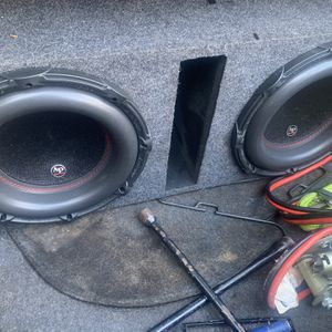 "2 12"" AudioPipe subs for Sale in Montgomery, AL"