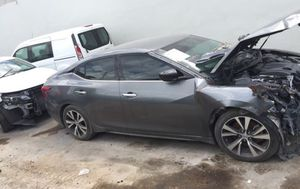 2018 Nissan Maxima for parts parting out oem part for Sale in Miami, FL