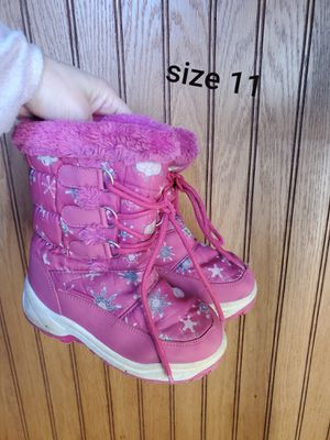 Size 11 toddler girls boots for Sale in Neenah, WI