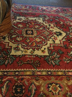 Safavieh rug 5x8 Monaco collection pet free smoke free home for Sale in New Rochelle, NY