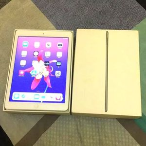 iPad Air 1 , Usable with Wi-Fi , Excellent Condition like New for Sale in Springfield, VA
