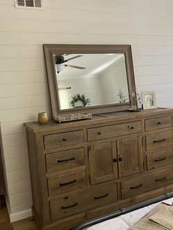 9 Drawer Dresser combo with or without Night Stand for Sale in Costa Mesa,  CA