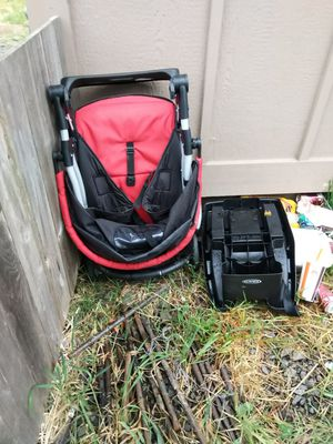 Car seat base and stroller for Sale in Eugene, OR