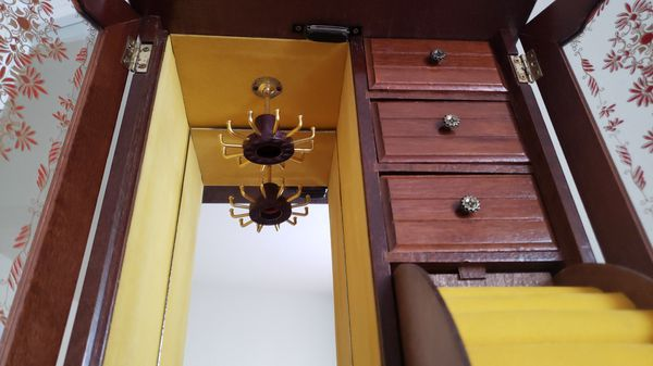 "22"" jewelry box"