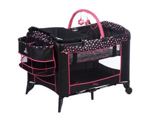 Mini mouse bassinet & changing table set for Sale in Kissimmee, FL