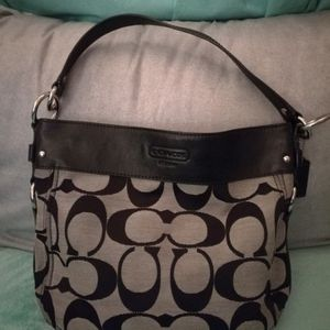 Small Zoe Coach Hobo Bag for Sale in Mesa, AZ