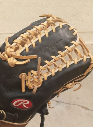 "12.75"" Rawlings gold glove trapeze for Sale in San Diego, CA"