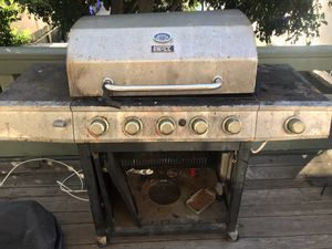 BBQ grill for Sale in San Diego, CA