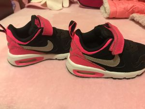Nike hot pink and black sneakers for Sale in Durham, NC