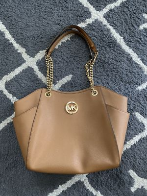 Michael Kors purse. Great condition! Barely used. for Sale in Gilroy, CA