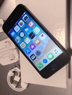 """iPhone 5S ,,Factory UNLOCKED Excellent CONDITION """"as like nEW"""" for Sale in Springfield, VA"""