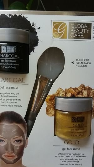 Charcoal & Gold Gel Face Mask for Sale in Fairburn, GA