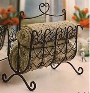 Southern Living at Home Wrought Iron Magazine Rack for Sale in Louisville, TN