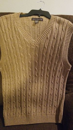 Selling nice Sweater Vest $20 for Sale in Round Rock, TX