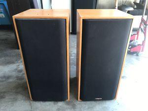 Klipsch KG 2.5 bookshelf speakers for Sale in Arcadia, CA