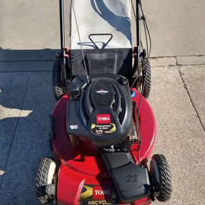 """Toro 190cc (22"""") ( fully maintenance ) ( Self propelled ) (ready to mow) Lawn Mower for Sale in Anaheim, CA"""