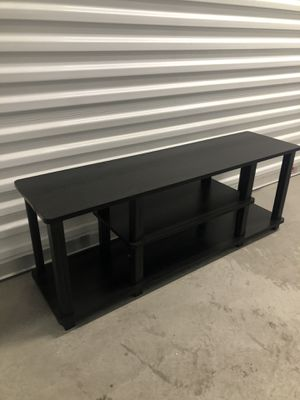 Small Tv stand 43x12 H 16 for Sale in Las Vegas, NV
