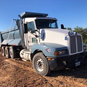 Kenworth Dump Truck for Sale in Alexandria, LA