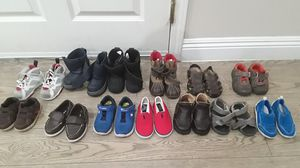 Kids/toddler shoes/snow boots for Sale in Pomona, CA
