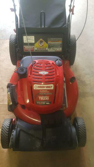 Troy-Bilt self-propelled lawn mower for Sale in Riverview, FL