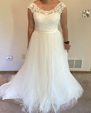 Tulle Wedding Dress, David's Bridal Collection for Sale in Anchorage, AK