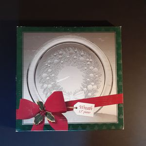 Holiday Wreath Platter Indiana Glass for Sale in Myrtle Beach, SC