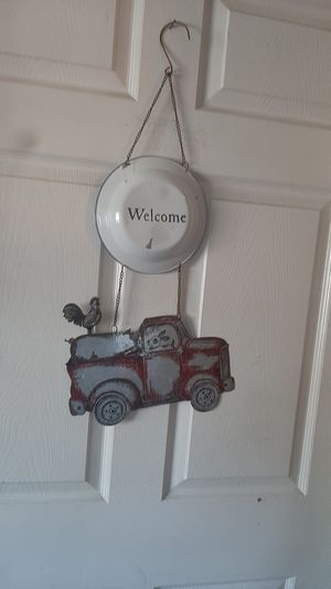TRACTOR WELCOME SIGN MATERIAL METAL for Sale in Ontario, CA
