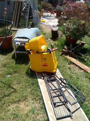 Commercial mop bucket and wringer for Sale in Santa Maria, CA