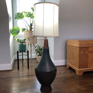 Vintage Mid-Century Lamp for Sale in Richmond, VA