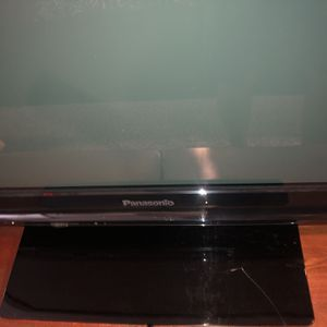 "43"" Panasonic LCD TV for Sale in Dallas, TX"