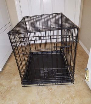 Medium sized pet crate (dog or cat) for Sale in Phoenix, AZ