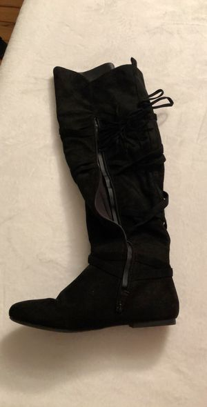 ShoeDazzle thigh high boots Sz 8.5 wide for Sale in Bronx, NY