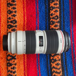 Canon EF 70-200mm f/2.8 IS III USM Lens for Sale in Los Angeles, CA