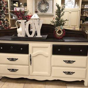 Dresser/buffet for Sale in Reedley, CA