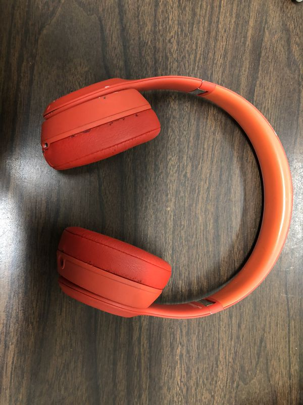 Beats Headphones Red A1796